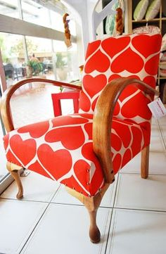 Amazing makeover of an old chair