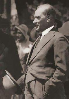 Mecellenin kaldırılması (1926)