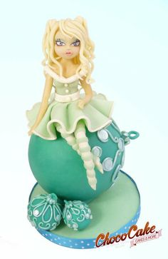 MISS NAVIDAD Cake by ChocoCake
