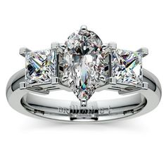Idée et inspiration Bague Diamant :   Image   Description   Pear Princess Diamond Engagement Ring in White Gold www.brilliance.com