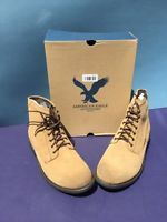 American Eagle Outfitters Men's brown Suede Boots with laces Size 13