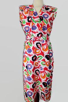 Articles similaires à Robe d été des années 80, robe sans manche à motifs  colorés sur Etsy f0c9e04cd363