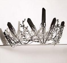 The DUSK VENUS Crown - Black Crystal Crown Tiara - Magical Headpiece. Gothic Alternative Bride, Festival, Game of Thrones!