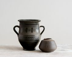 Stunning large Hungarian black pottery by TheNewRomanticsDecor, €22.00