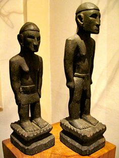 ...pair of Ifugao rice gods called Bulul; Babayongan Tribe, Mountain Province, Philippines (1930's).