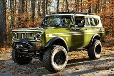 In as far as elegance and creativity are concerned, no custom scout compares to the International Scout LSII-One. Check it out! 4x4 Trucks, Cool Trucks, Chevy Trucks, Small Trucks, International Scout Ii, International Harvester Truck, Classic Trucks, Classic Cars, Patrol Y61