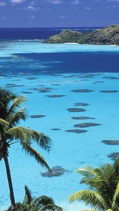 French Polynesia. Lagon de Polynésie française.