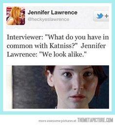 Jennifer Lawrence trolling an interviewer… #jenniferlawrence #hungergames #katniss