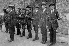 Bureau of Military History ! Group of armed members of the I. on parade in Kilmainham Gaol. Ireland 1916, Dublin Ireland, Irish Rebellion 1916, Kilmainham Gaol, Easter Rising, Irish Warrior, Michael Collins, Irish Celtic, Military History