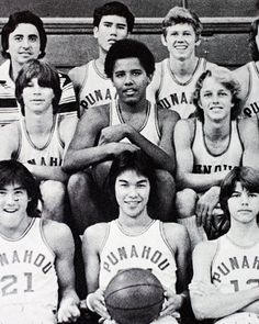 Barack Obama with his basketball team at the Punahou School in 1977