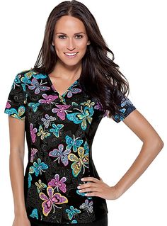 Stand out with this Cherokee Flexibles v-neck top with its flashy Social Butterfly print. Printed scrub tops for women are currently becoming trendy and Flexibles makes it easy for you to keep up with the fad with this scrub top. Scrub Shoes, Medical Scrubs, Nurse Scrubs, Cherokee Woman, Cherokee Scrubs, Womens Scrubs, V Neck Tops, Floral Tops, Cute Outfits