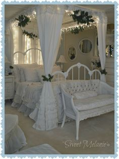 Shabby Chic Furniture In a family room, try to arrange your furniture into centers. Shabby Chic Pink, Shabby Chic Cottage, Vintage Shabby Chic, Shabby Chic Homes, Shabby Chic Decor, Shabby Chic Bedrooms, Shabby Chic Furniture, Dream Bedroom, Room Decor Bedroom