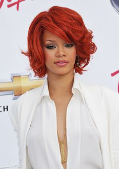 Rihanna Awards, Rihanna Red Hair, Trends, Hollywood, Haircuts, Check, Curly Hairstyles, Short Hair Up, Short Layered Hairstyles
