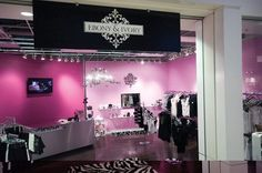 Black white and pink store. | Boutique Interiors | Pinterest