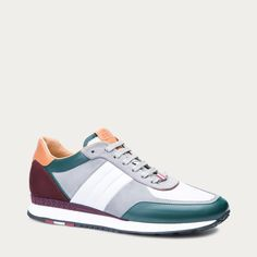 Different Types Of Sneakers Every Man Needs. Mens Fashion Shoes, Nike Fashion, Sneakers Fashion, Sneaker Dress Shoes, Sneaker Boots, Kid Shoes, Me Too Shoes, Casual Sneakers, Shoes Sneakers