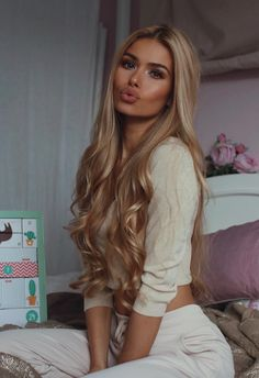 Blonde Wigs Lace Hair Brown And Blonde Braids Braids Blonde, Beauté Blonde, Blonde Model, Blonde Hair Extensions, Long Face Hairstyles, Frontal Hairstyles, Layered Hairstyles, Straight Hairstyles For Long Hair, Pretty Hairstyles
