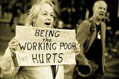 """Caricaturas e Imágenes del Mundo: """"Being the working poor hurts""""... - http://bambinoides.com/caricaturas-e-imagenes-del-mundo-being-the-working-poor-hurts/"""