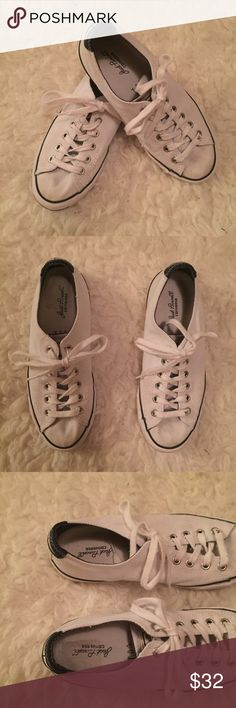 ✨CONVERSE JACK PURCELL white sneakers✨ Worn a few times, see all pics for signs of wear. White Jack Purcells by Converse. Converse Shoes Sneakers
