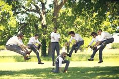 20 Hilarious and Creative Groomsmen Photo Ideas. party photos groomsmen 20 Hilarious and Creative Groomsmen Photo Ideas Wedding Picture Poses, Funny Wedding Photos, Wedding Pictures, Funny Couple Photography, Wedding Photography, Photography Ideas, White Photography, Funny Couple Poses, Wedding Humor