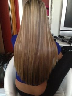 To straighten hair without heat, just mix a cup of water with 2 tablespoons of BROWN sugar, pour it into a spray bottle, then spray into damp hair and let air dry...... hmmmmm will try