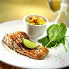Grilled Pepper & Dill Salmon, Corn & Capsicum Salsa: Succulent grilled salmon and a crunchy salsa Dill Salmon, Grilled Salmon, New Recipes, Favorite Recipes, Healthy Recipes, Healthy Meals, Mango Salsa Recipes, Grilled Peppers, Yummy Food