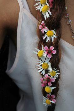 French braid + flowers