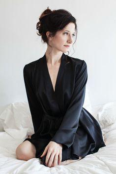 099020b501 Angela Friedman Musette Robe black Silk Charmeuse