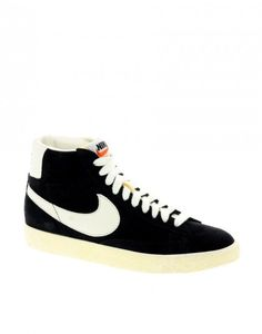 10 Must-Have Sneakers | theglitterguide.com