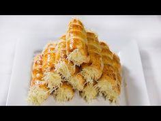 Ha vendégek jönnek - Sajtos roló (Szécsi Szilvi) - YouTube Grated Cheese, Sweet And Salty, Waffles, Snack Recipes, Chips, Homemade, Make It Yourself, Baking, Breakfast