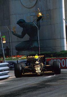 Ayrton Senna. Lotus-Renault. Detroit. 1986.