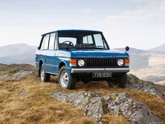 """1970 publicity photograph of the Range Rover Classic at launch. Didn't initially have the """"Classic"""" name. Was just Range-Rover at the time, and only available as a 2 door Range Rovers, Range Rover 1970, Range Rover Classic, Chevrolet Suburban, Station Wagon, Land Rover Defender, Toyota Land Cruiser, Jefferson Hotel, Classic Wallpaper"""