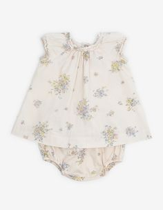 This print is very popular with Bonpoint collectors.  The dress with bloomer is a summer staple for baby.