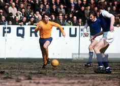 Sheffield Wed 0 Everton 1 in April 1970 at Hillsborough. Howard Kendall comes for forward for Everton Football Music, Sheffield Wednesday, Everton Fc, Kendall, Basketball Court, Running, Sports, Image, Collection