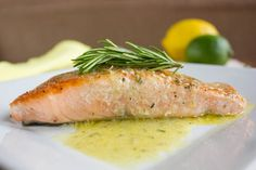 Pan Seared Salmon with a delicious Citrus Sauce composed of lemon and lime juice and fresh rosemary and dill. Tilapia Recipes, Baked Salmon Recipes, Fish Recipes, Seafood Recipes, Dinner Recipes, Healthy Recipes, Seafood Meals, Ham Recipes, Quick Recipes