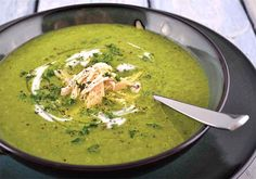 Cleansing Spinach & Leek Soup | Eat Drink Paleo