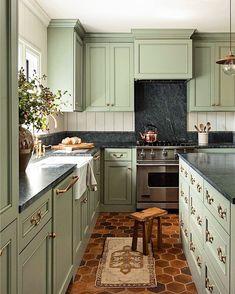 Sage Green Kitchen, Green Kitchen Cabinets, Kitchen Cabinet Colors, New Kitchen, Green Kitchen Walls, Green Country Kitchen, Olive Kitchen, White Cabinets, Kitchen Ideas