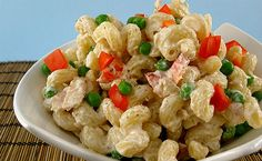 This is a delicious Tuna Pasta Salad that has no onion or garlic involved in the recipe. It's a very light salad and flavorful salad even with the few ingredients it has. - For Dad Seafood Recipes, Pasta Recipes, Dinner Recipes, Cooking Recipes, Pasta Meals, Chef Recipes, Dinner Idead, Tuna Salad Pasta, Greek Yogurt Recipes