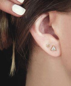 really small studs in second ear piercing 2nd Ear Piercing, Double Ear Piercings, Piercing Tattoo, Jewelry For Her, Ear Jewelry, Fine Jewelry, Jewellery, Jewelry Ideas, Gold Jewelry