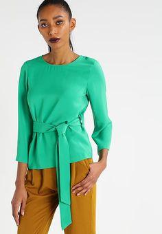 Vêtements KIOMI Blouse - green vert: 50,00 € chez Zalando (au 01/02/17). Livraison et retours gratuits et service client gratuit au 0800 915 207.