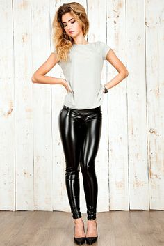 Lovely Ladies in Leather: Miscellaneous Leather Tight Pants and Shiny Leggings (Part Sixteen) sexy tight sexy tight Tight Leather Pants, Leather Pants Outfit, Leather Tights, Leather Skirts, Leather Jeans, Disco Pants Outfit, Fall Fashion Skirts, Vinyl Leggings, Vinyl Dress