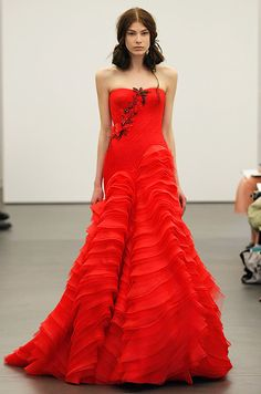 Vera Wang red #wedding dress, Spring 2013.