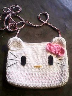 Rajutan tas selempang Hello Kitty