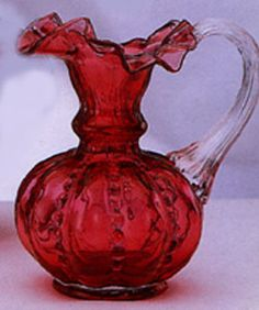 "6"" Fenton Glass Daisy Jug"