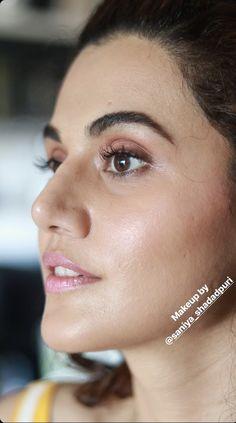 Indian Actress Images, South Indian Actress, Actress Photos, Indian Actresses, Beautiful Girl Indian, Most Beautiful Indian Actress, Beautiful Women, Bollywood Actress Hot, Bollywood Stars