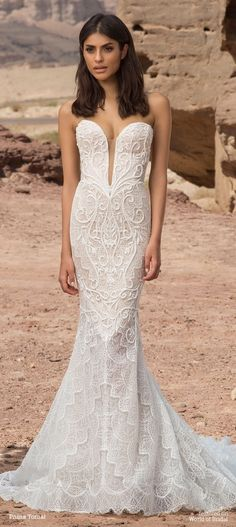 Hey Bellas, For today we have a collection of timeless wedding gowns byPnina Tornai. Pnina is a globally renowned couture bridal designer, who exposed her to elaborate cultural ceremonies and celebrations from a young age. This 2016 collection is an ode to water, the way...