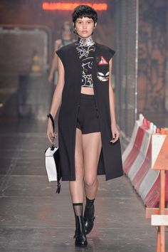 Overdose Fashion   Sua dose diária de moda: Ellus Second Flor Inverno 2016, Batman, Catwamon, fashion, spfw, cool, street style, urban, overdose fashion. Foto: FFW