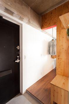 玄関と寝室はダイレクトで行き来が可能。#K様邸練馬高野台 #玄関 #寝室 #コンクリート打ちっぱなし  #モルタル #インテリア #EcoDeco #エコデコ #リノベーション #renovation #東京 #福岡 #福岡リノベーション #福岡設計事務所 Cabinet, Storage, Furniture, Home Decor, Clothes Stand, Purse Storage, Decoration Home, Room Decor, Closet