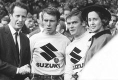 After six-time 250 World Champion Joel Robert left CZ for Suzuki, he suggested that they hire then CZ rider Roger DeCoster to join him