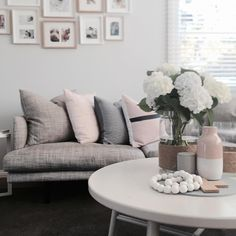 My current favorite colors...grey, blush and a bit of navy. Love my @countryroad cushions. My living room is looking rather calm and peaceful here with my one year old out for the day. Oh so peaceful.