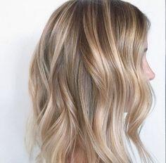 Blonde Balayage Hairstyle Ideas (20)